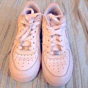 Nike Air Force 1 0'7 youth/women's